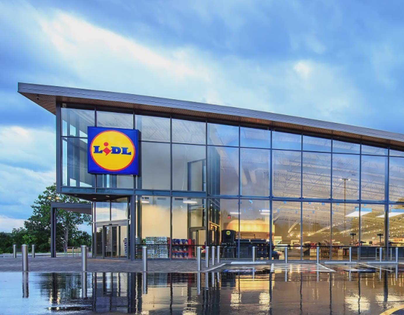Lidl - building - Pro Glaziers - Glass Installers - Commercial Residential (2)